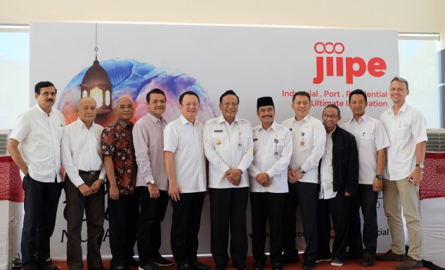 Halal Bihalal JIIPE with the Gresik Regency Government, which was attended by the Regent and Deputy